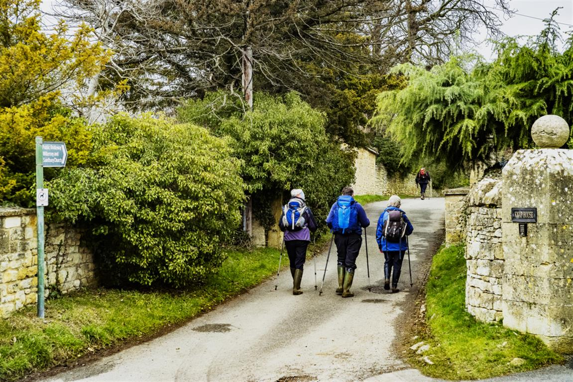 Walkers on the Cotswold Way